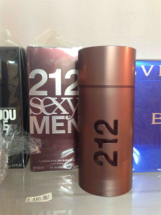 Nuoc hoa 212 Sexy by Carolina Herrera EDT Spray for Men 34 oz100 ml