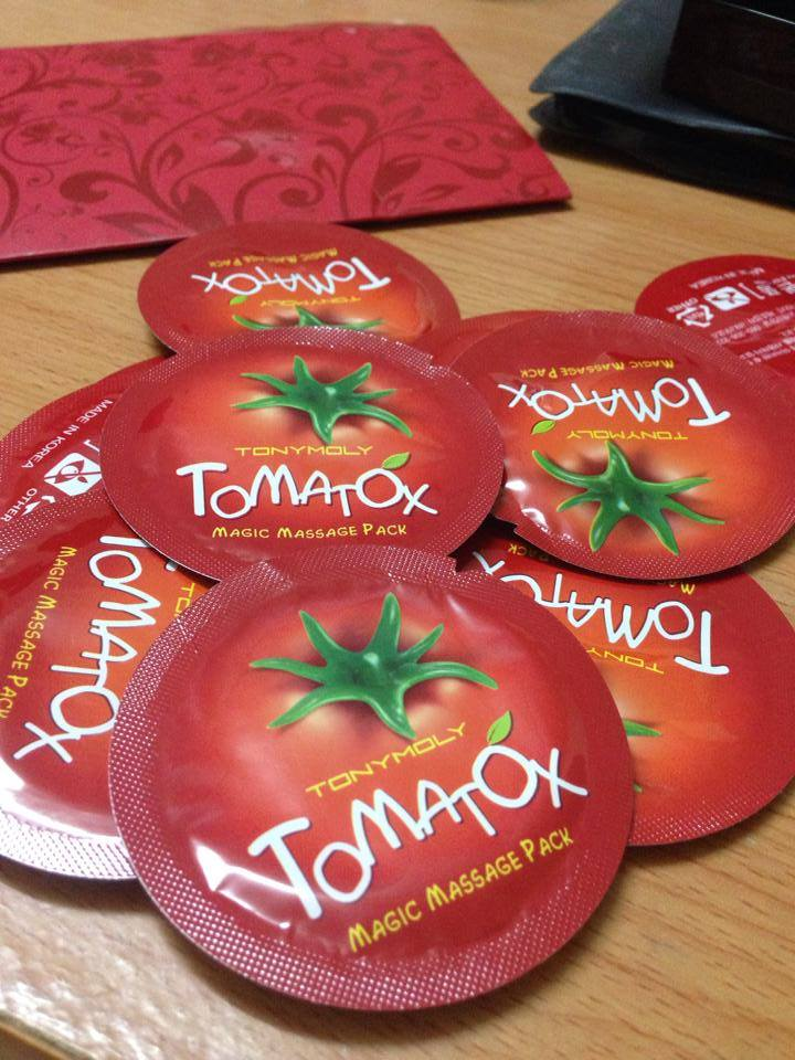 Sample cac hang Skinfood Tomatox