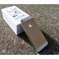 iPhone 5 Black & White 16Gb Gold Edition (Bản Quốc Tế)