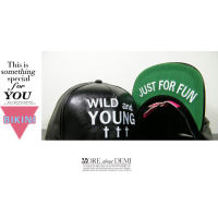 Nón snapback hình Boy London, Giyongchy, Wild and young...